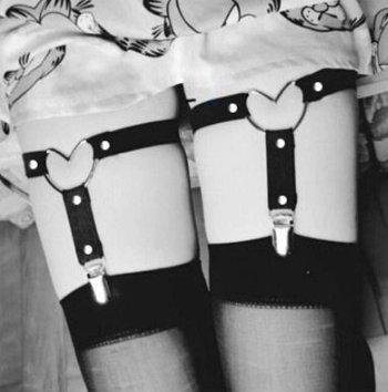 PU Leather Garter Set - Hearts